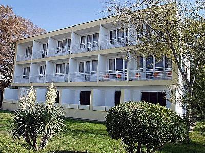 Hotel Liburnja a Novalja per il tuo soggiorno in Croazia